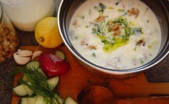 Chladivá uhorková polievka